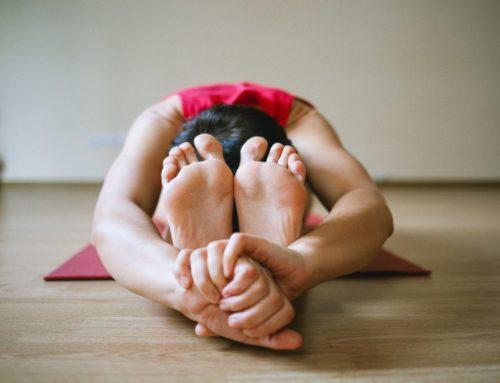 Überwinde Dein Mittagstief- mit Yoga!